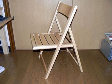 PC用のテーブルを製作したのですが、何気に椅子を有り物で済ませていたのですが流石に無印良品のリラックスチェアでは長時間PCに向かうには疲れてしまいますねその後は  ...
